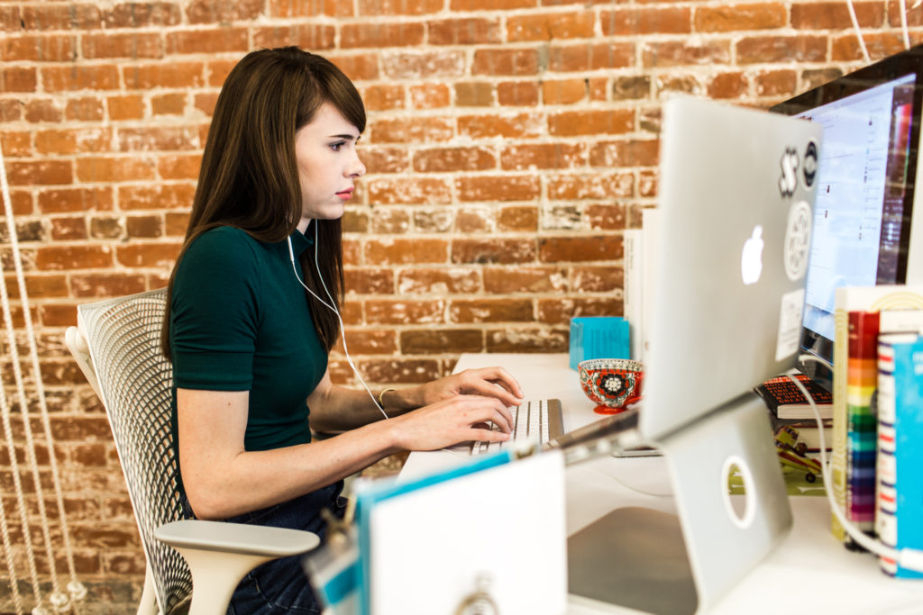 Whats at your desk Wednesday - Life at Flywheel-3612